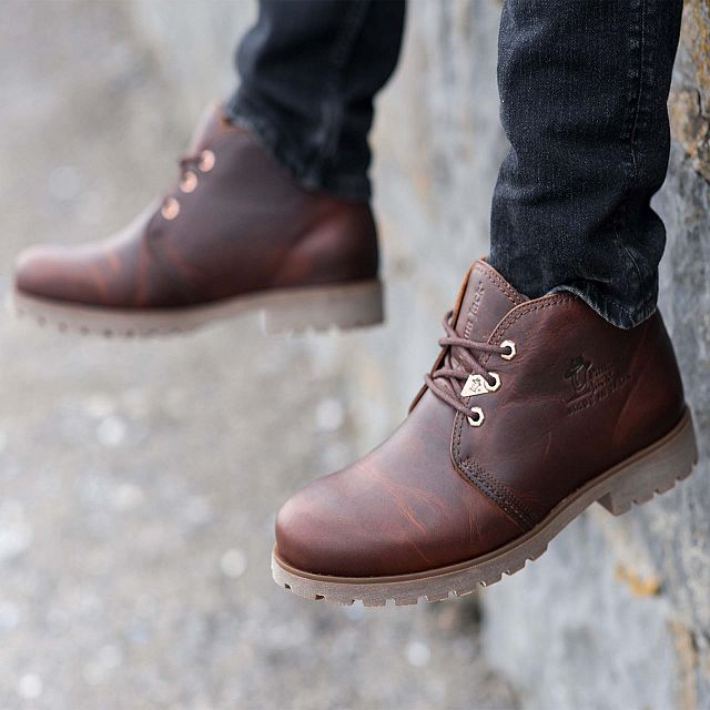 Bota Panama Chestnut Napa Grass Man Footwear