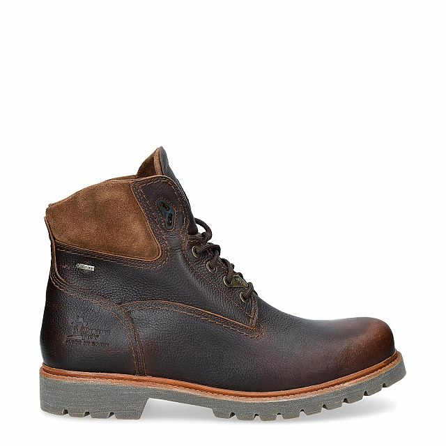 Leather ankle boot in chestnut with a gore-tex lining