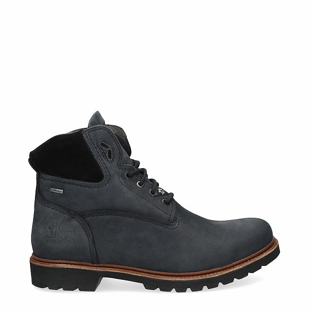 Leather ankle boot in black with Gore-Tex inner lining