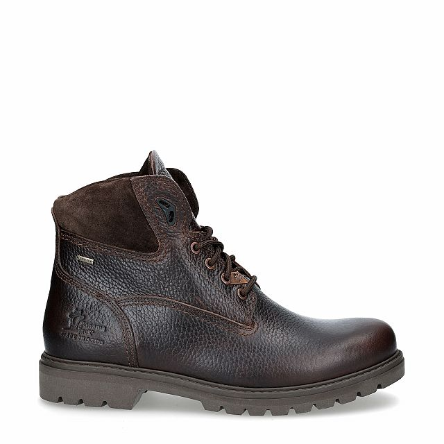 Brown leather ankle boot with a gore-tex lining