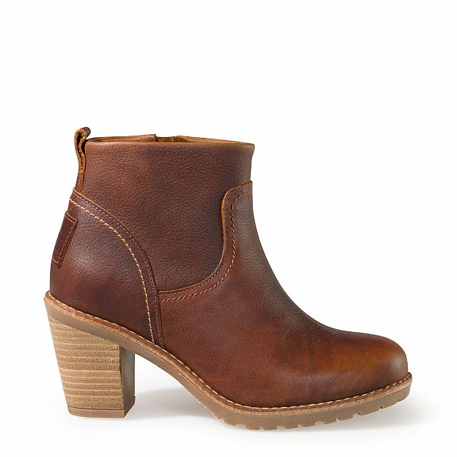 Heeled leather ankle boots in bark with leather lining
