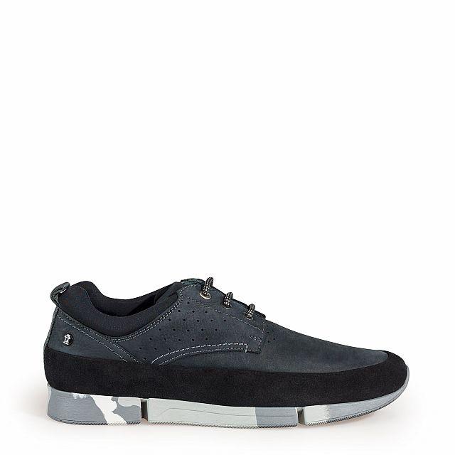 Zapato de piel negro con forro de lycra