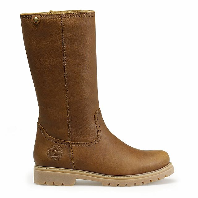 Leather boot in tan with fur inner lining