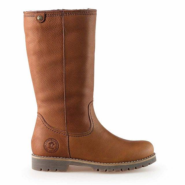 Leather boot in tan with sheepskin inner lining