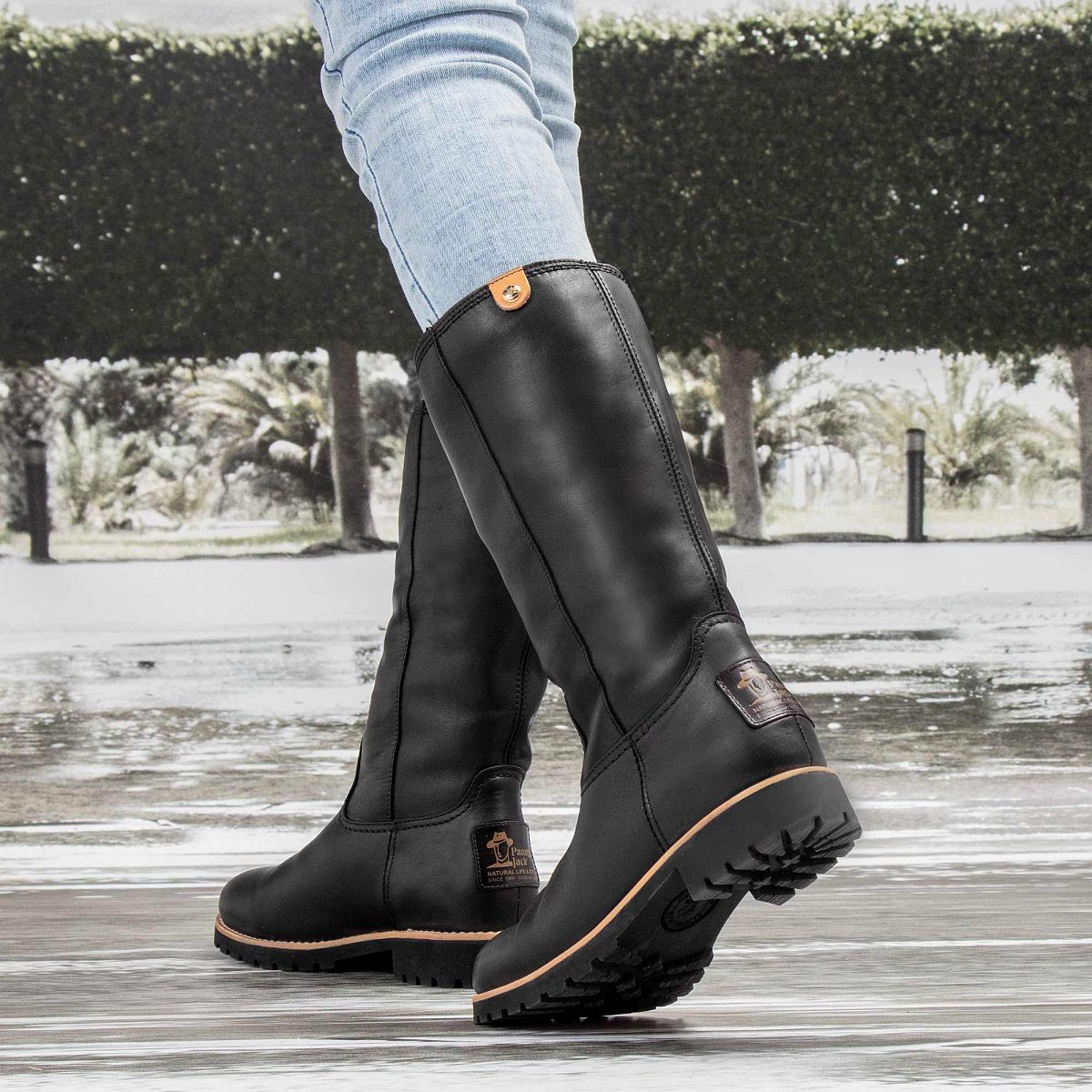 ace870c7e0ca7 Women s boot BAMBINA IGLOO TRAVELLING black