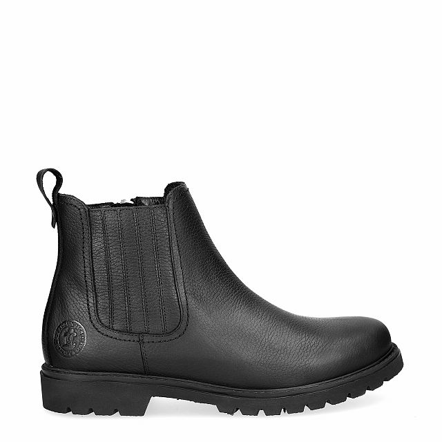 Black leather ankle boot with a leather lining