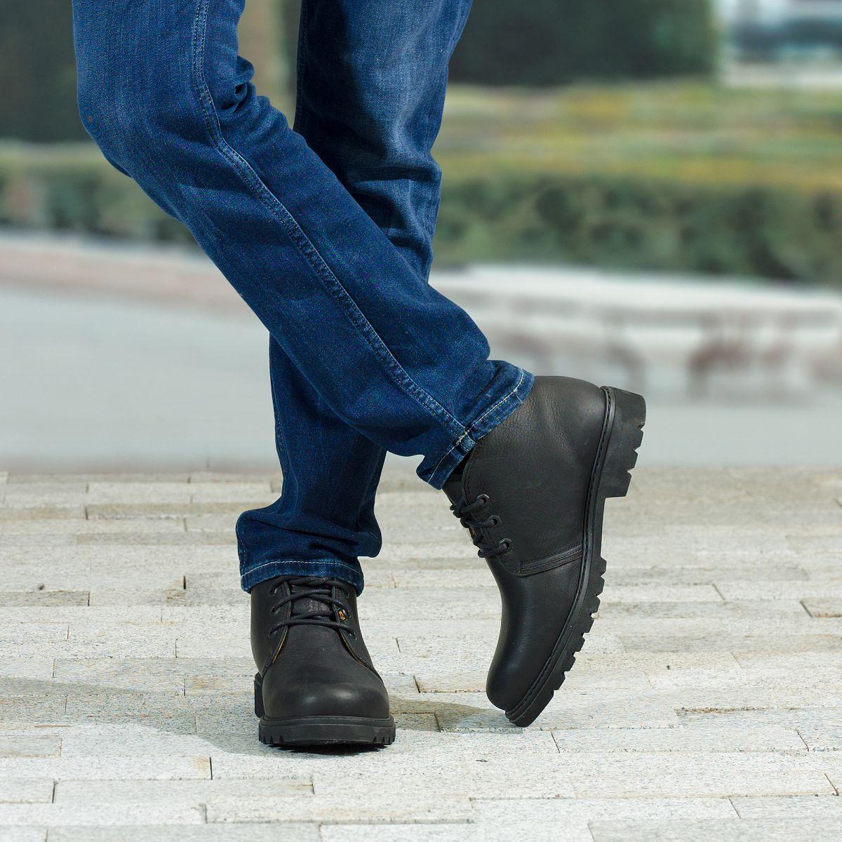 Una bota para mis nalgas - 2 9