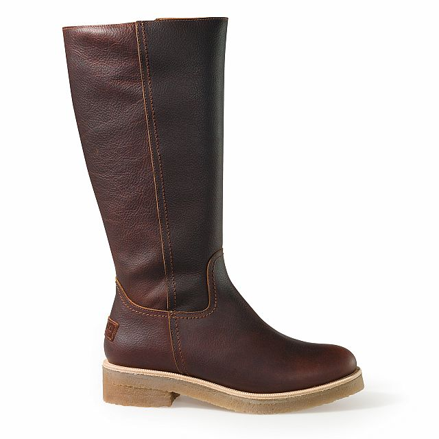 Leather boots in chestnut colour with leather inner lining