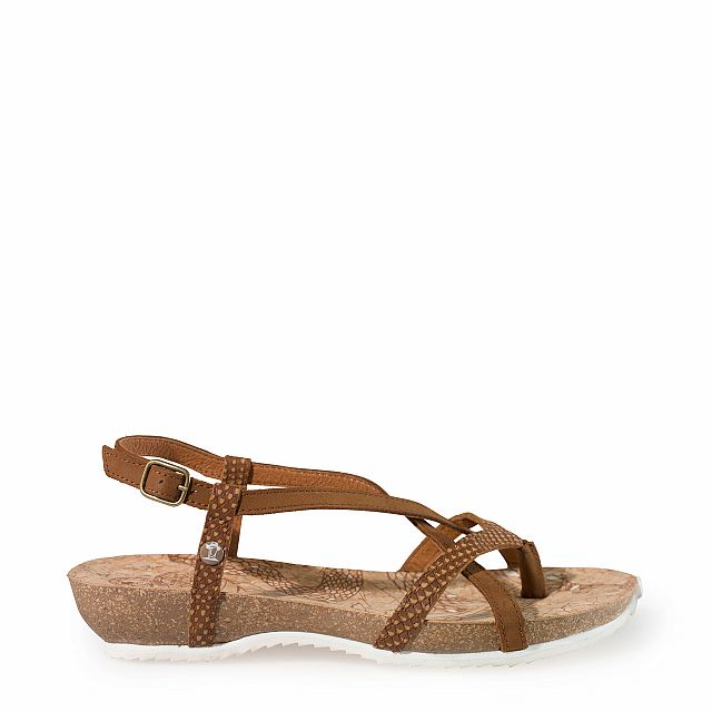 Leather sandal in tan with leather inner lining
