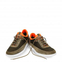 Leather shoe in khaki with Lycra inner lining