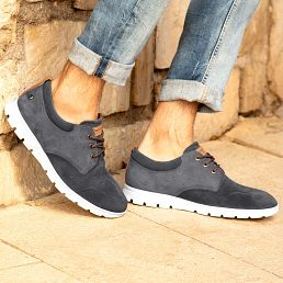 Grey leather sandals with a leather lining