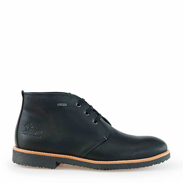 Leather ankle boots in black with goretex inner lining