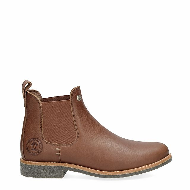 Leather ankle boot in tan with leather inner lining