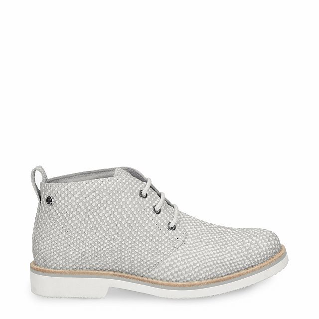 Leather ankle boot in grey with leather inner lining