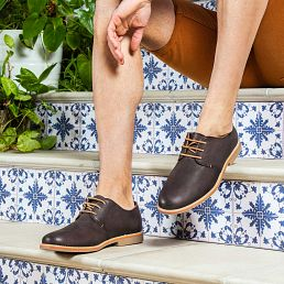 Brown leather shoes with a leather lining