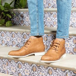Camel leather ankle boots with a leather lining