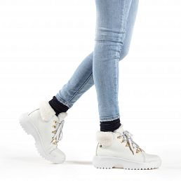White leather women's sneaker boot with warm lining