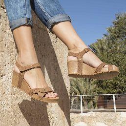 Sandalia de piel visón con forro de piel
