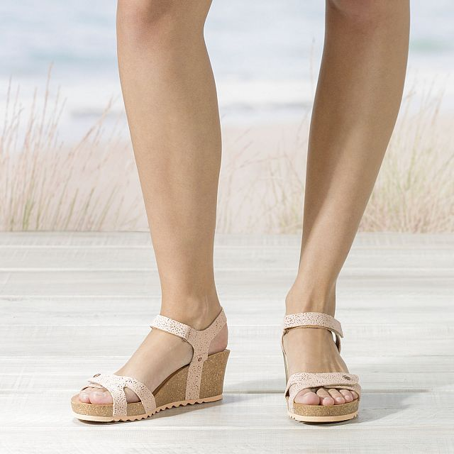 Julia Roses Salmon Napa Grass Woman Footwear