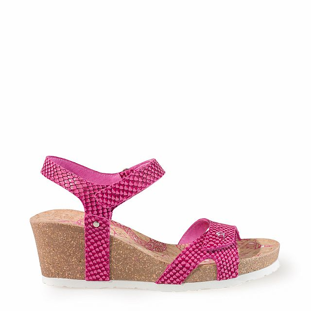 Leather sandal in fuchsia with leather inner lining