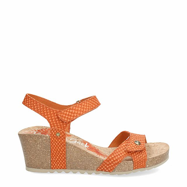 Leather sandal in orange with leather inner lining