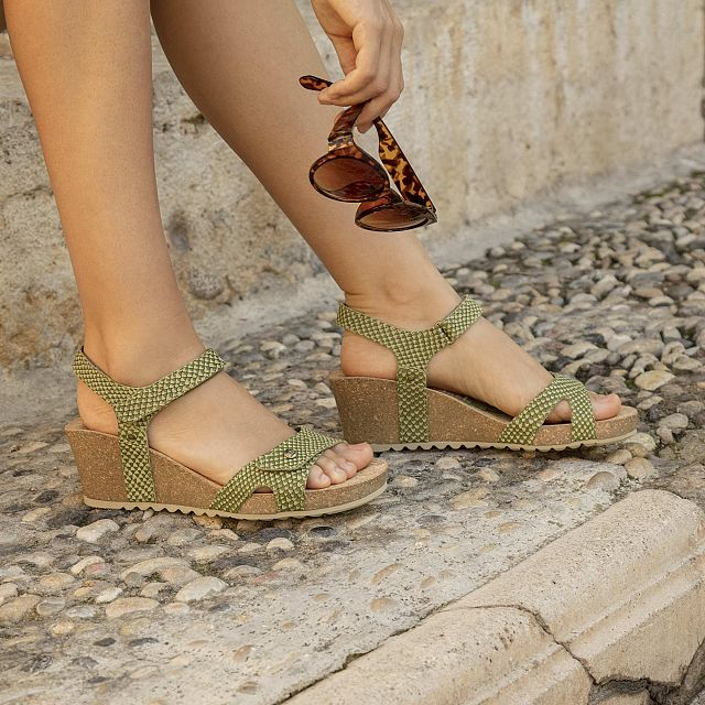 Julia Snake Kakhi Napa Woman Footwear