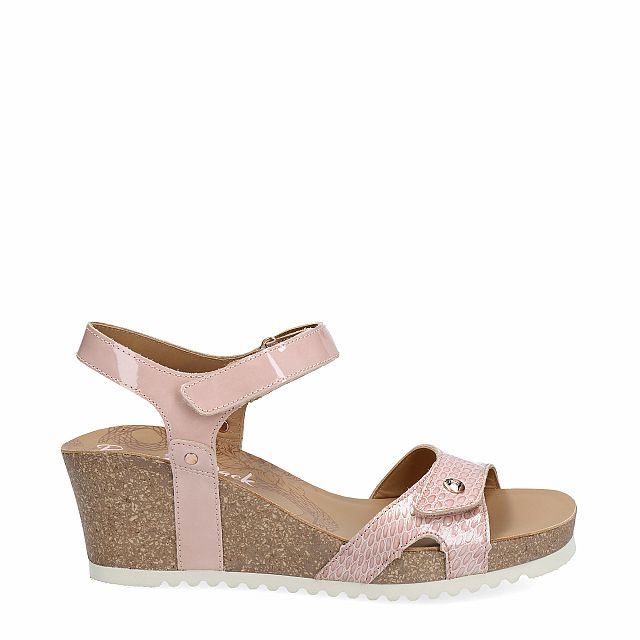 Leather sandal in pink with leather inner lining