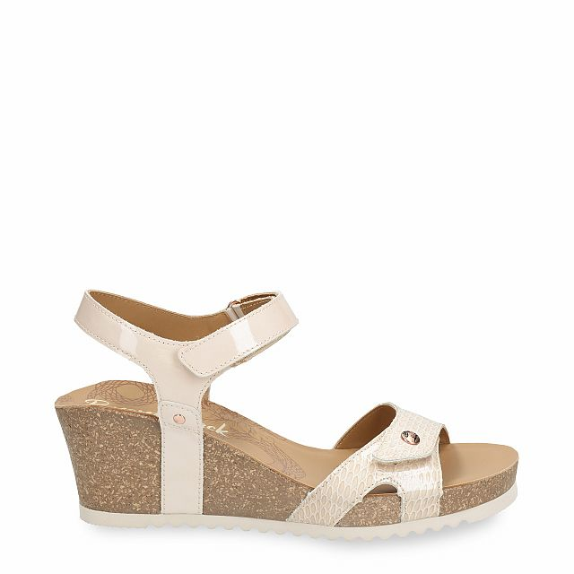 Leather sandal in beige with leather inner lining