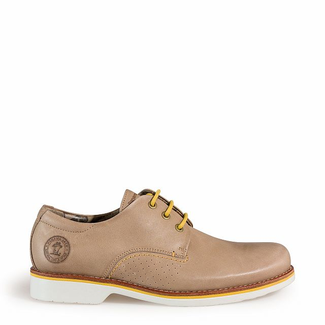 Leather shoe in taupe with leather inner lining