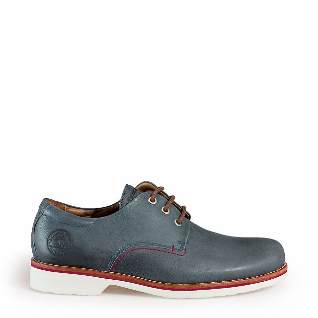 Leather shoe in blue jeans with leather inner lining