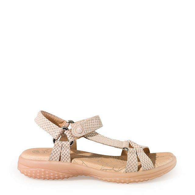 Leather sandal in salmon with leather inner lining