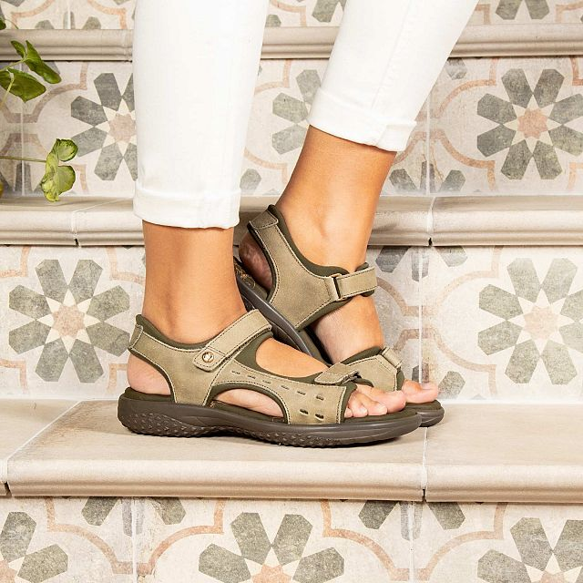 Khaki leather sandals with a lycra lining