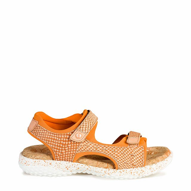 Leather sandal in coral with Lycra inner lining