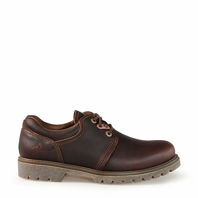 Leather shoes in chestnut colour with leather inner lining