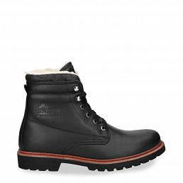 Boots in black with cotton lining