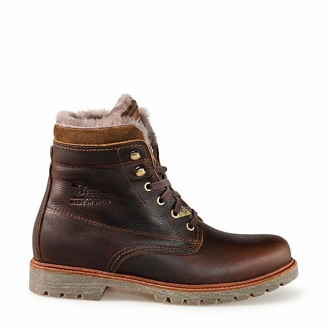 Leather boots in chestnut colour with sheepskin inner lining
