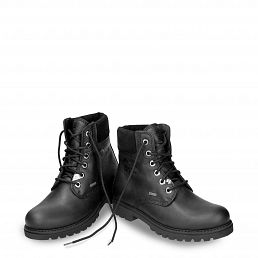 Leather women´s boots with a Gore-tex® lining