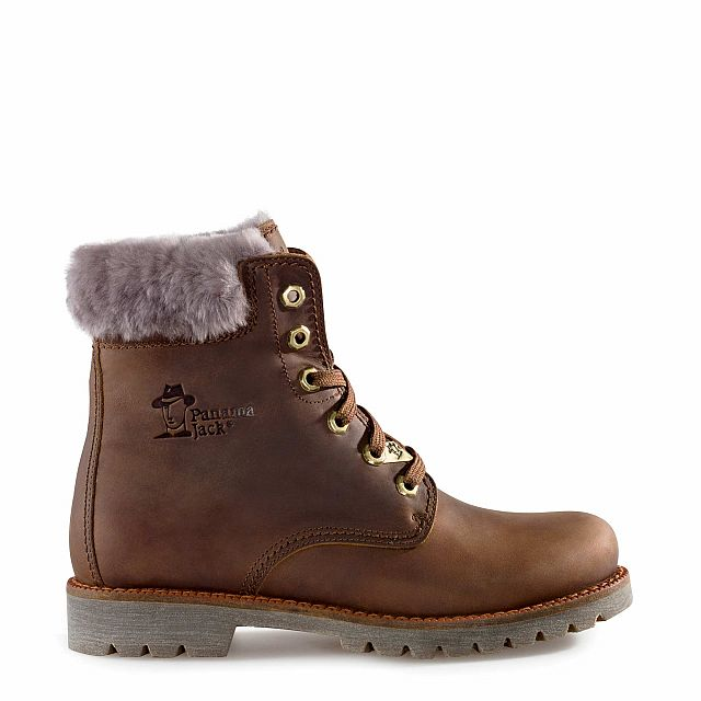 Leather boot in tan with natural fur inner lining