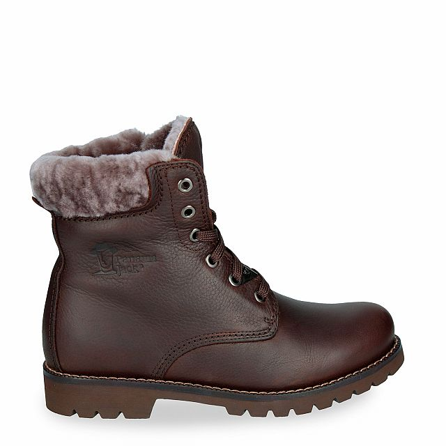 Leather boot in brown with sheepskin inner lining
