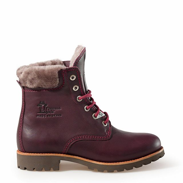 Leather boots in burgundy with sheepskin inner lining