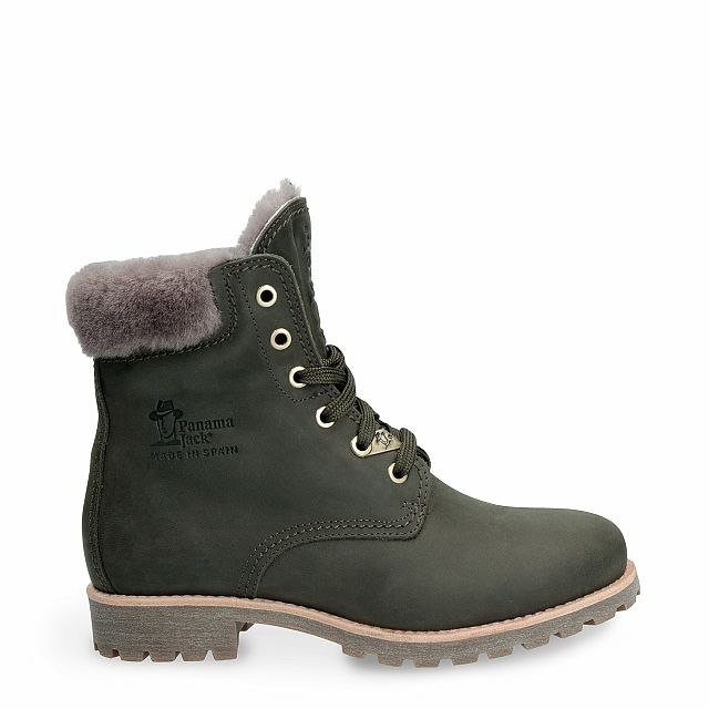 Leather boot in green with natural fur inner lining