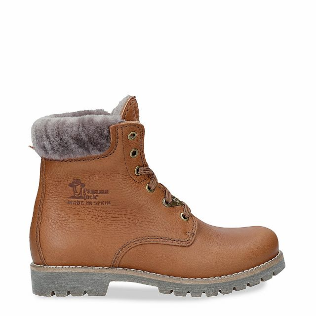Natural leather boot with a lining of natural fur
