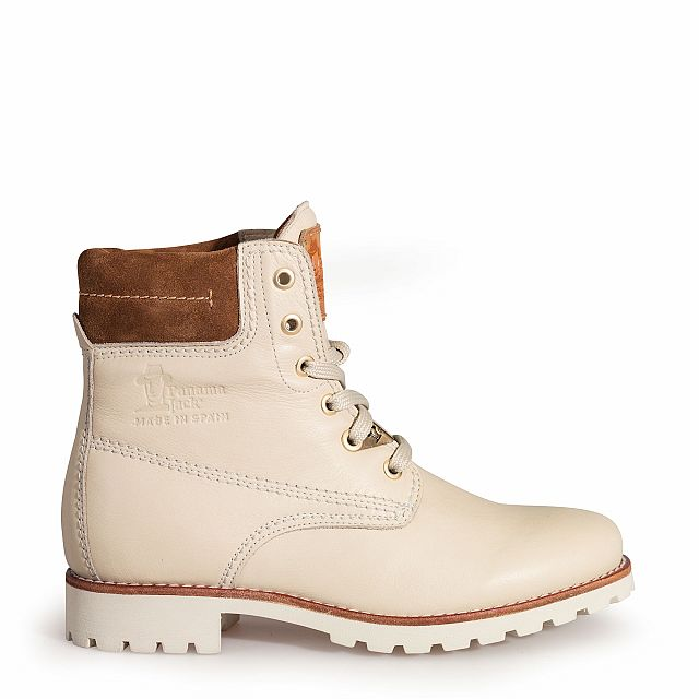 Leather boots in raw colour with leather inner lining