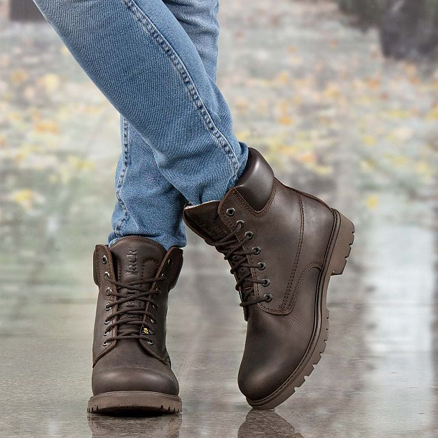 Brown leather boot with a woolen lining