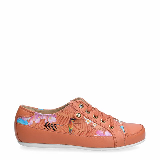 Leather sneaker in coral with leather inner lining
