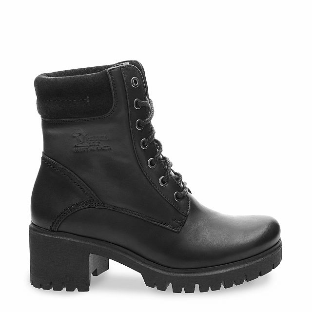 Leather boot in black with leather inner lining
