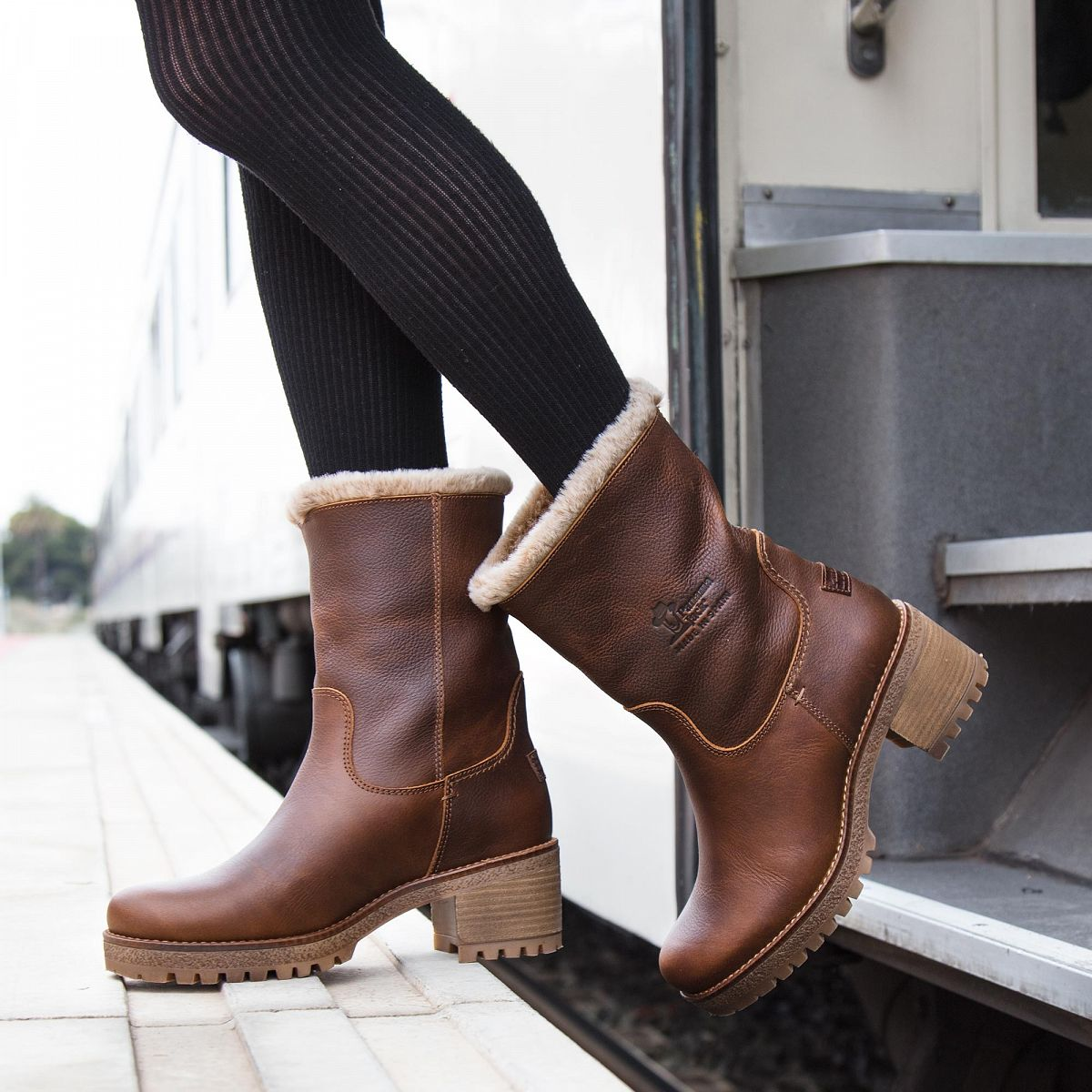 a2986190 Women's boot PIOLA natural | PANAMA JACK® Official store