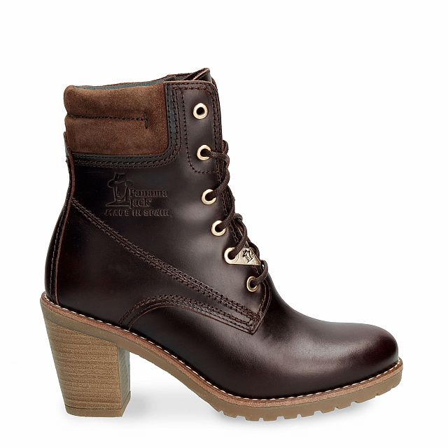 Leather boot in brown with leather inner lining