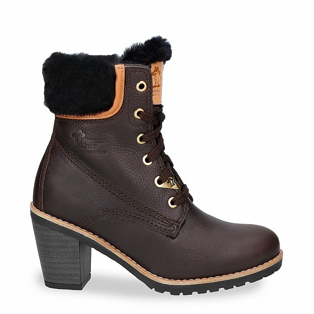 Brown leather boot with a lining of natural fur