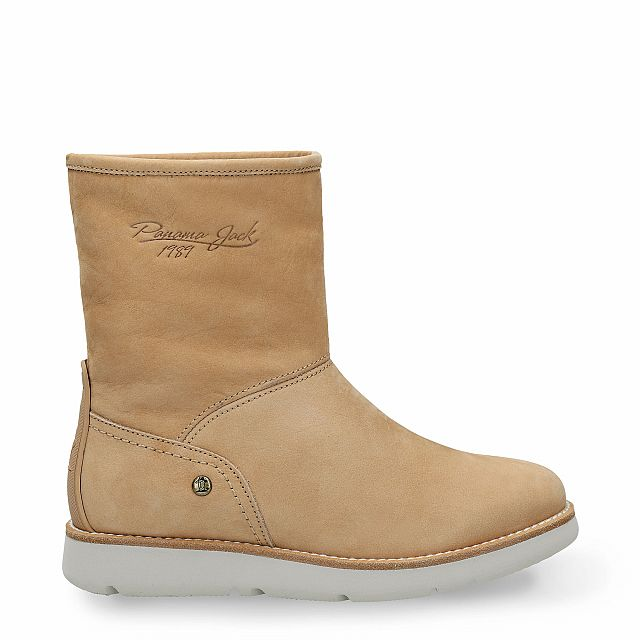 Natural leather ankle boot with warm lining